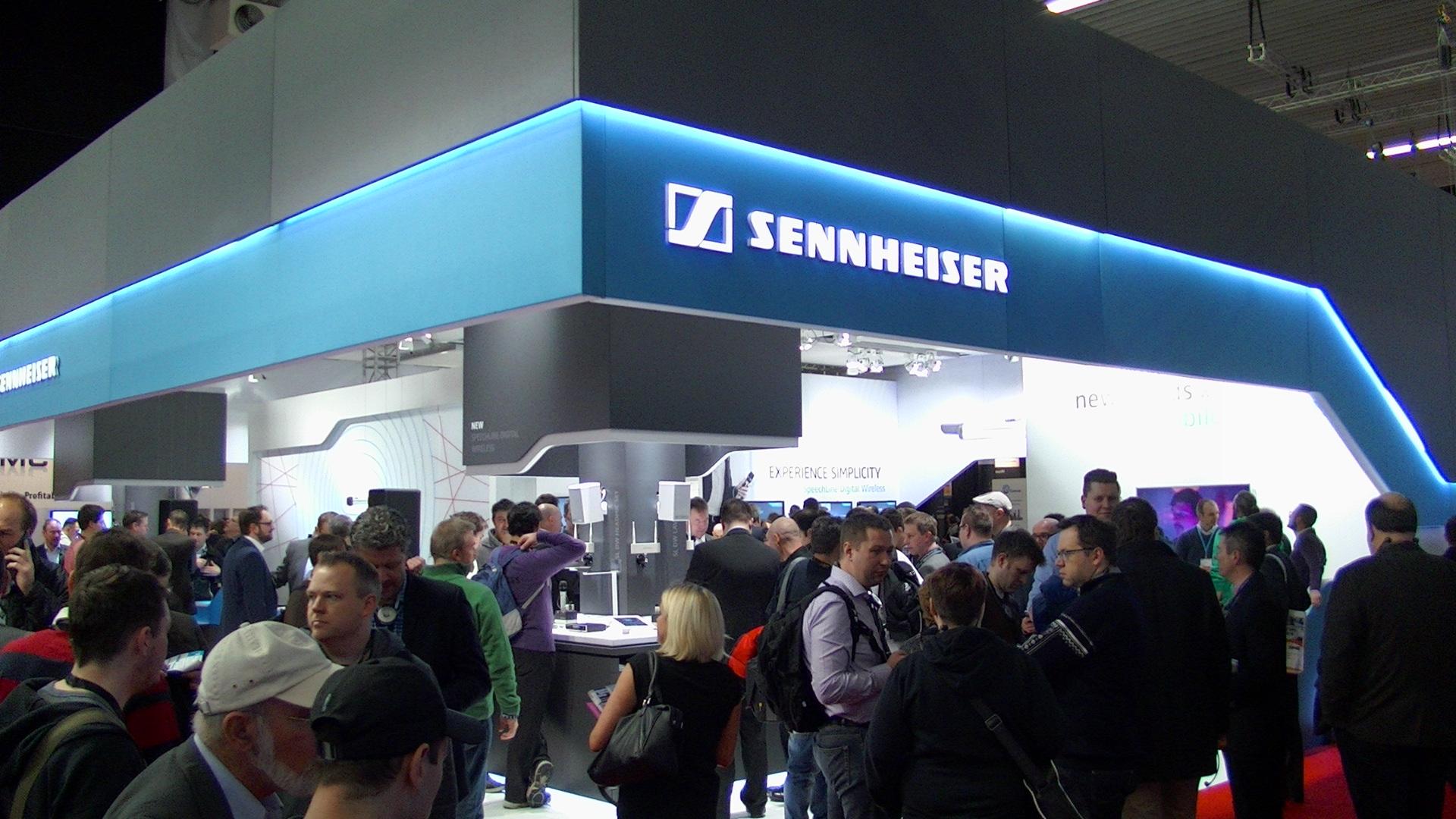 Sennheiser stand 01.JPG