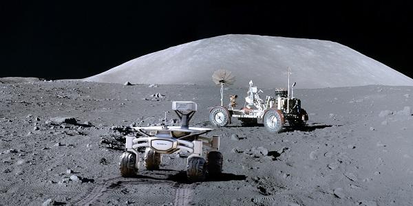 ALQ at Apollo 17 Artwork Credit.jpg