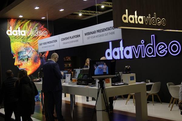 DataVideo stand.JPG