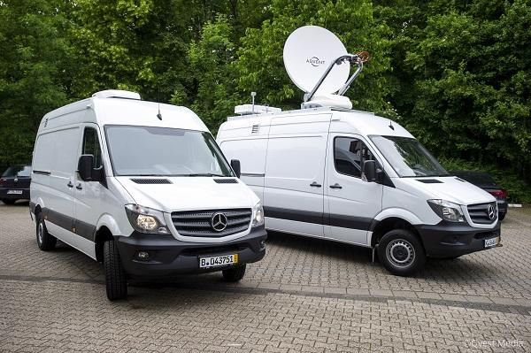 Riedel Ruptly Vans 3.jpg