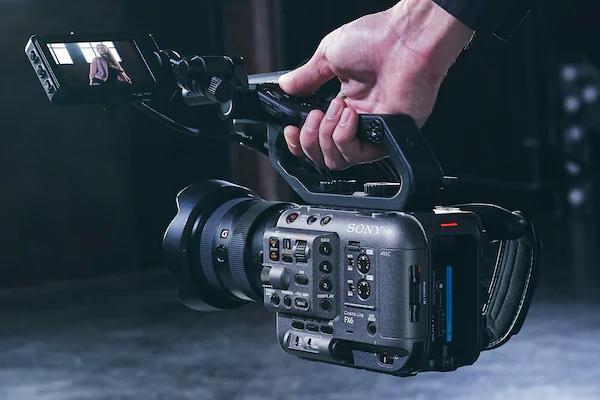 Sony FX6_600.jpg